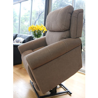 Studio Dual Motor with Headrest & Lumbar